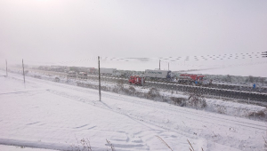 Nevasca no Japão causa engavetamento de 140 veículos; acidente envolveu 200 pessoas