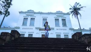 MC Fioti lança remix de 'Bum Bum Tam Tam' gravado no Instituto Butantan; assista ao clipe