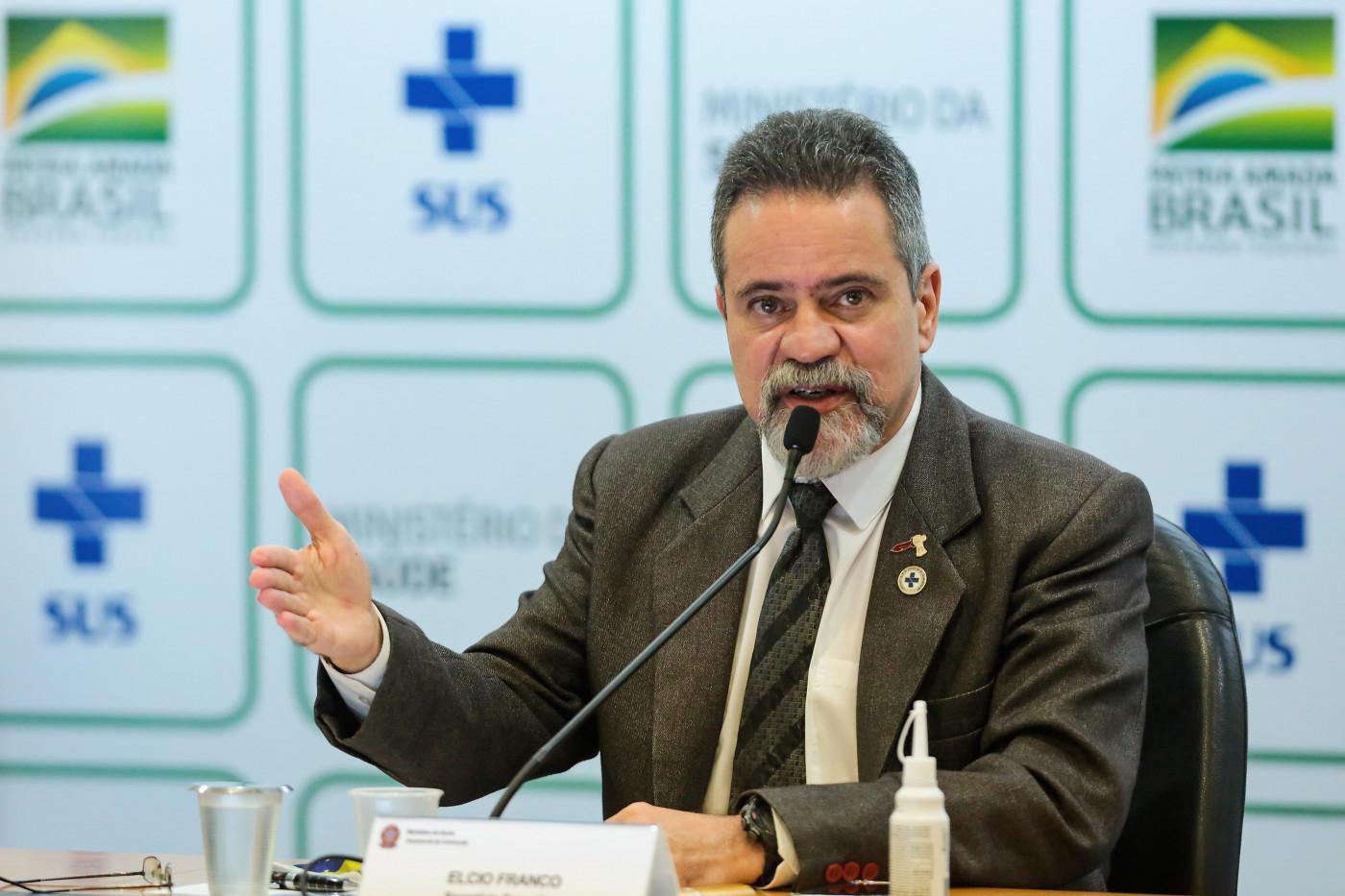 Secretário do Ministério da Saúde em coletiva