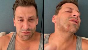 Henri Castelli chora ao contar que foi agredido violentamente: 'Achei que minha boca estava pendurada'