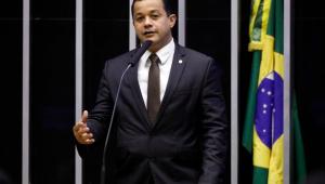 Parlamentares pedem intervenção federal na saúde do Amazonas