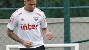Luciano volta a treinar e pode reforçar o São Paulo no clássico contra o Santos