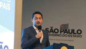 Interior de São Paulo vive 'ápice da pandemia', diz Marco Vinholi