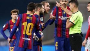 Messi é suspenso por dois jogos após cartão vermelho na Supercopa da Espanha