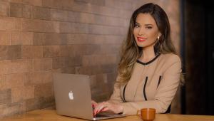 Marcele Policarpo abandonou carreira de sucesso para ajudar mulheres a realizar sonhos