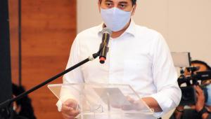 Amazonas exonera diretora de hospital e assessor após vacinação indevida
