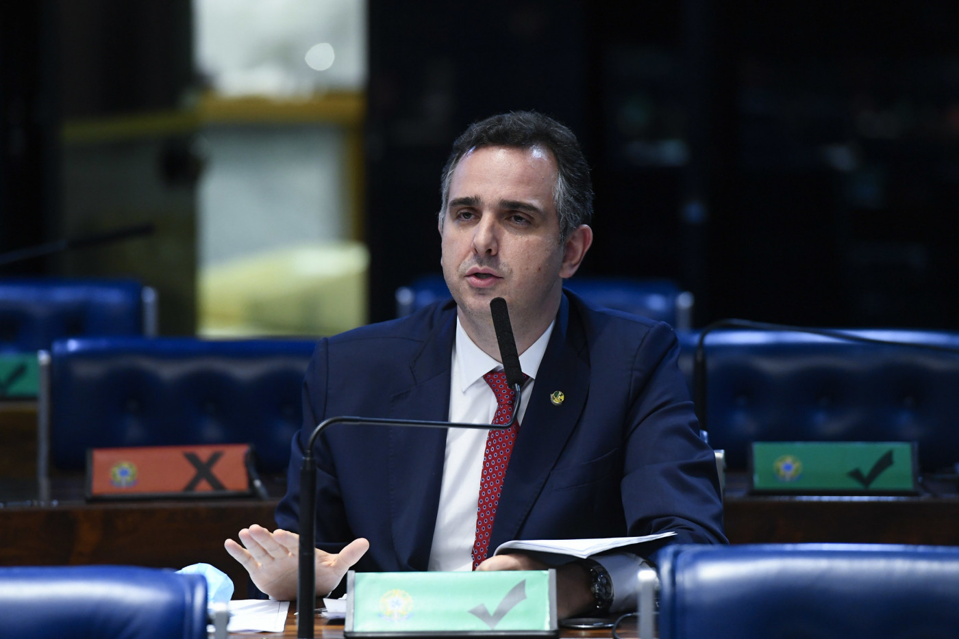 Rodrigo Pacheco no plenário do Senado
