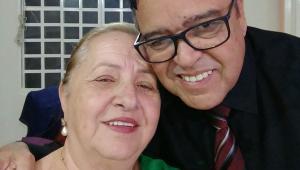 Secretário de Saúde que vacinou a própria esposa pede exoneração do cargo