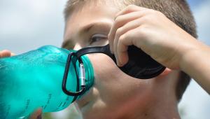 Qual a importância da água para o corpo e quanto é preciso beber por dia?