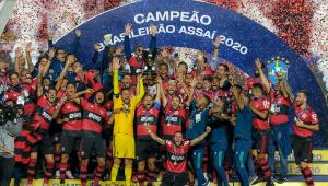 Mesmo com derrota para o São Paulo, Flamengo se consagra bicampeão do Brasileirão