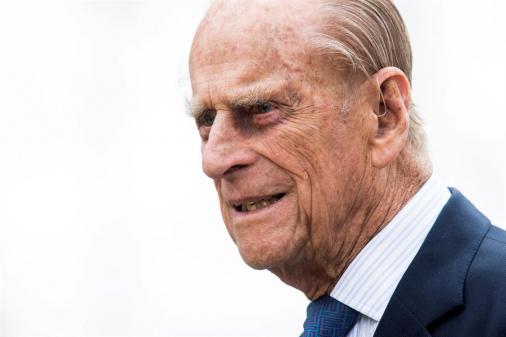 Príncipe Philip, marido da rainha Elizabeth II, morre aos 99 anos na Inglaterra