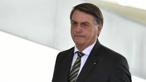 Bolsonaro diz ter plano 'pronto' contra a Covid-19 e condena lockdown