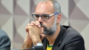 Ministério Público Federal denuncia o blogueiro Allan dos Santos por ameaças a Barroso