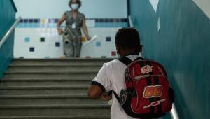 Escolas de São Paulo enfrentam dificuldades após volta às aulas presenciais