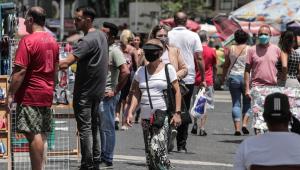 Brasil registra 75 mil casos e 1.800 mortes por Covid-19 nas últimas 24 horas