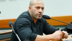 Daniel Silveira foi preso na noite da terça-feira, 16