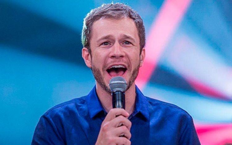 Globo anuncia saída de Tiago Leifert após 'The Voice Brasil' | Jovem Pan