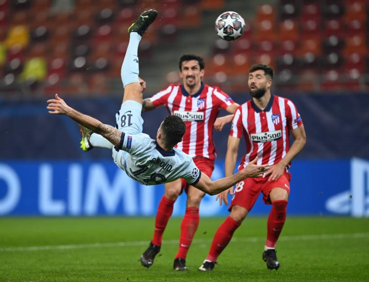 Olivier Giroud scores bicycle goal against Atletico Madrid