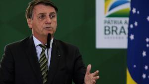 Bolsonaro zera PIS/Cofins sobre diesel e gás e aumenta imposto em outros setores