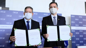 Lira e Pacheco defendem reformas, vacinas e alternativa ao auxílio emergencial