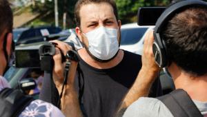 Guilherme Boulos (PSOL) concede entrevista aos jornalistas