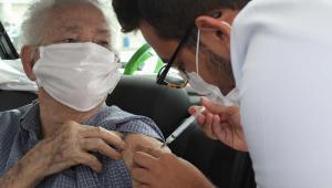 Prefeitura de São Paulo inicia vacinação de idosos entre 77 e 79 anos nesta quarta-feira