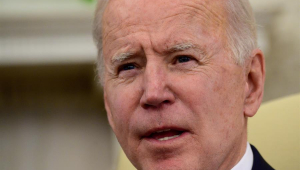 Close no rosto do presidente dos Estados Unidos, Joe Biden