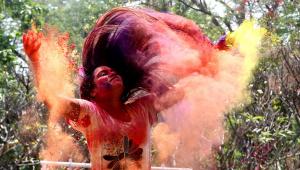 Festival Holi, na Índia, gera preocupação em meio à pandemia da Covid-19
