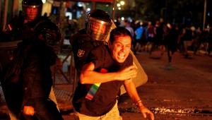 Paraguai tem 2ª noite de protestos contra presidente por gestão da pandemia