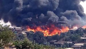 Incêndio devasta campo de refugiados em Bangladesh