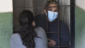 Jeanine Añez, ex-presidente interina da Bolívia, pode ficar presa preventivamente por seis meses