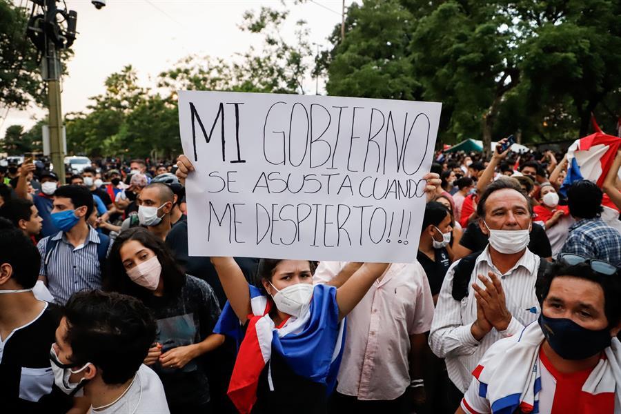 protestos no paraguai contra a má gestão da pandemia