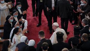 Papa Francisco defende tolerância religiosa em seus primeiros discursos no Iraque