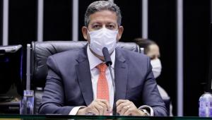 Em reunião com governadores, Lira propõe aplicação de emendas no combate à pandemia