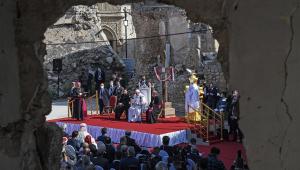 Em visita ao Iraque, Papa reza por vítimas da guerra e lembra sofrimento das mulheres