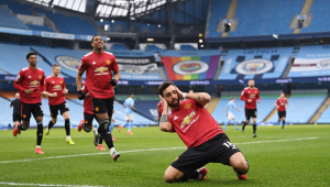Manchester United derruba invencibilidade do City e assume vice-liderança do Inglês