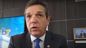 Reforma administrativa não afetará atuais servidores, afirma secretário da Economia