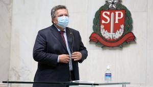 O deputado estadual Carlão Pignatari em pronunciamento na Alesp