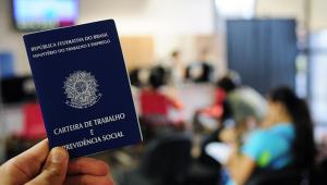 Dados do Ministério da Economia mostram alta na criação de empregos com carteira assinada em todas as regiões do país
