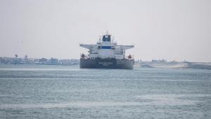 Canal de Suez, no Egito, é liberado após Ever Given desencalhar