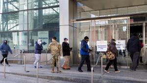 EUA superam marca de 520 mil mortes por Covid-19, segundo Johns Hopkins