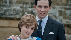 Emma Corrin e Josh O'Connor na série 'The Crown'