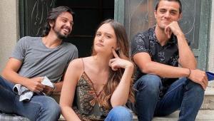 Rodrigo Simas, Juliana Paiva, Felipe Simas nas gravações da novela