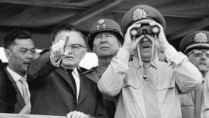 Nos primeiros cinco anos de regime militar, foram editados 17 Atos Institucionais para legitimar as ações dos militares e ampliar seus poderes no Executivo, o AI-5, implementado em dezembro de 68, pelo general Costa e Silva, é considerado o mais repressivo