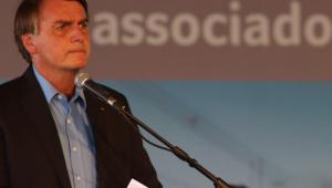 Bolsonaro nega provocação a governadores ao divulgar repasses a estados