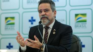O ex-secretário-Executivo do Ministério da Saúde Élcio Franco durante coletiva de imprensa