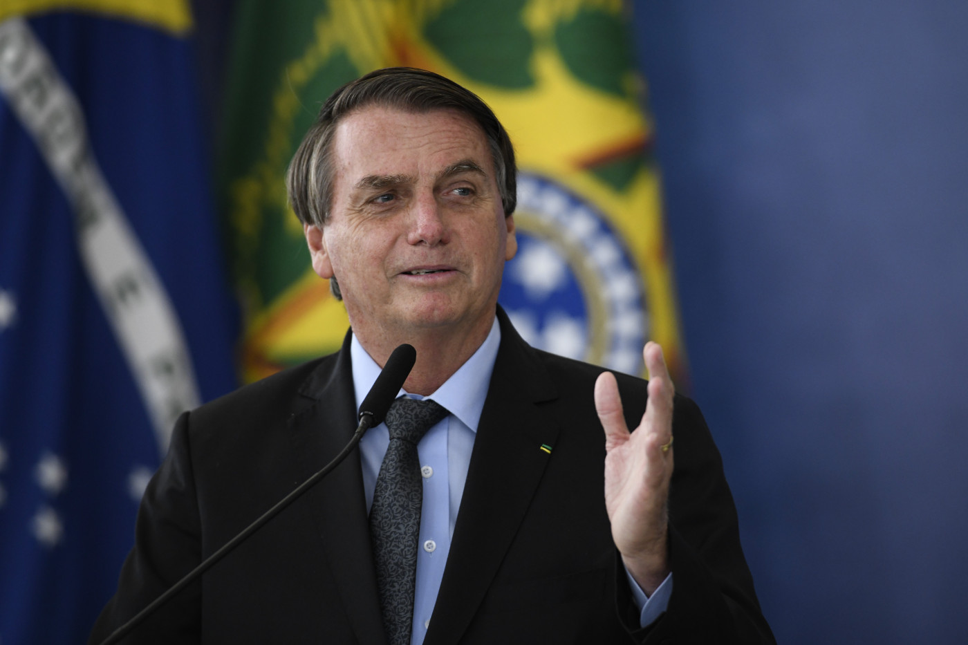 jair bolsonaro 2 SURVEY - 3 IN 1 - Do you think that the R $ 250 installments of the new emergency aid are sufficient? - Young pan
