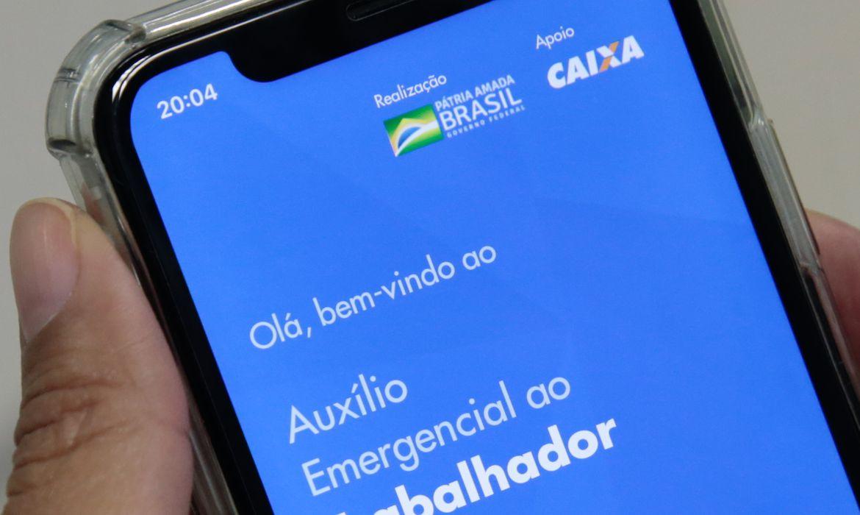 Auxílio emergencial custou R$ 320 bilhões aos cofres públicos em 2020