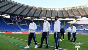 jogadores da Lazio em campo