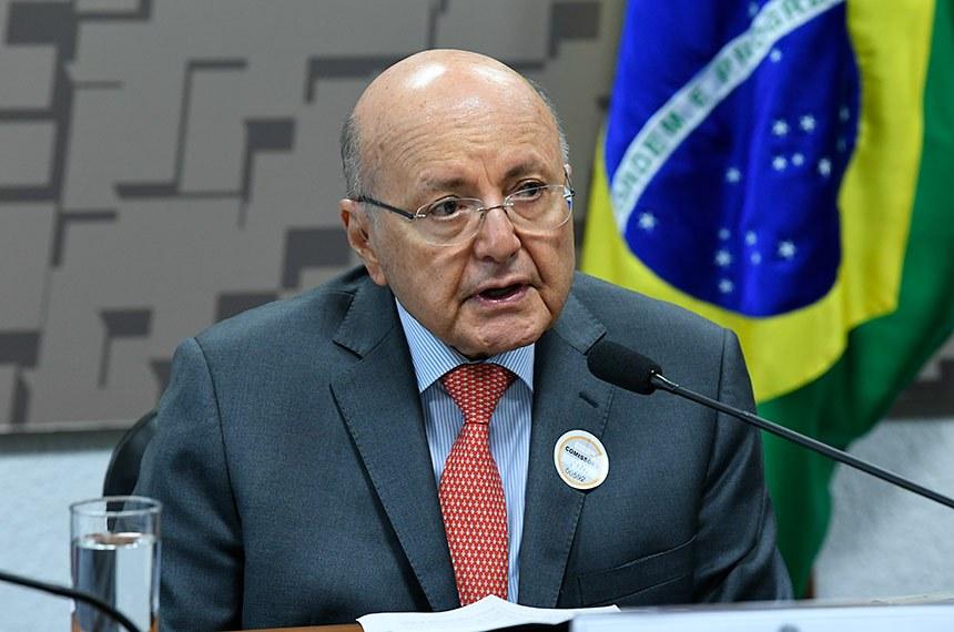 Maílson da Nóbrega, ex-ministro da Fazenda, defende imunização como fator primordial para a recuperação do PIB brasileiro
